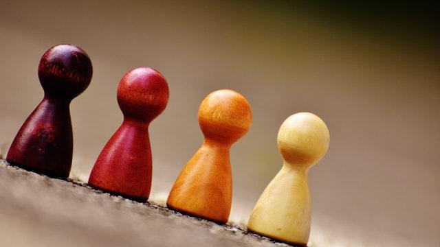 MODELLO DI GIOCO: Elaborazione e diversità